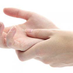 علت سوزش انگشتان دست و راه کارهای آن