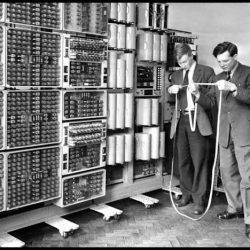 كامپيوتر و تاريخچه ي پيدايش و اجزاي آن